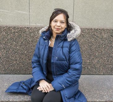 Employment gap narrows between university-educated immigrants and Canadian-born counterparts