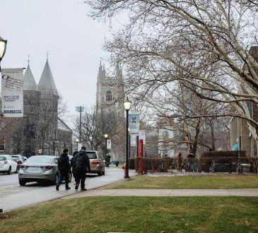 Canada Says, 'Give Me Your MBAs, Your Entrepreneurs'