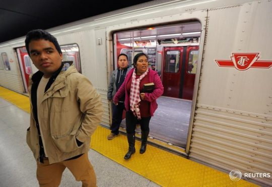 Employers look to refugees to ease labour shortage issues