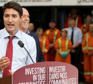 Justin Trudeau speaks at podium