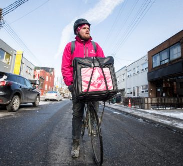 foodora bike delivery person