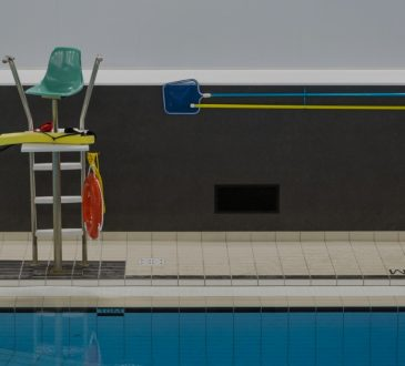 empty lifeguard chair at pool